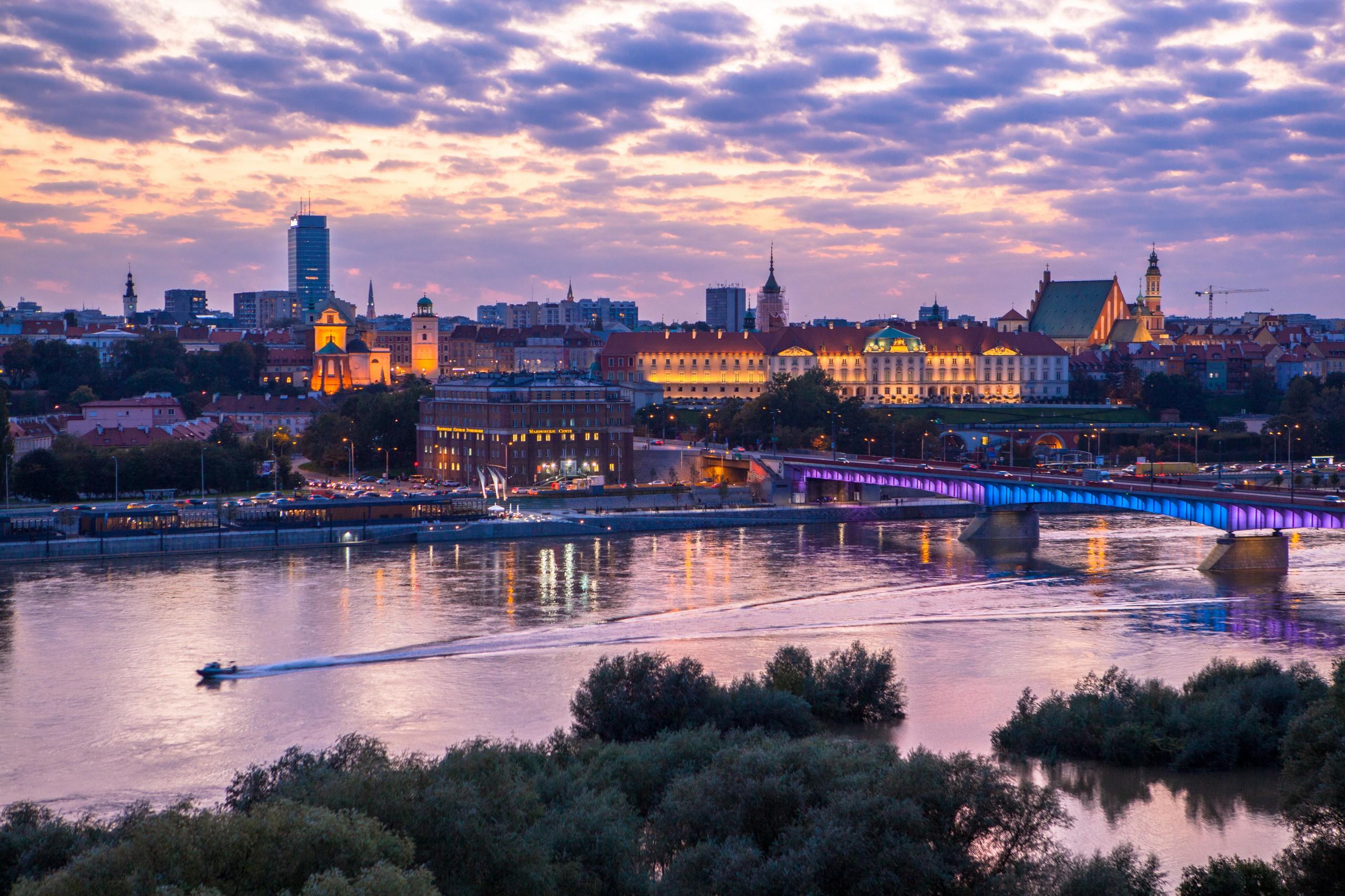 Widok na Most Śląsko Dąbrowski i Stare Miasto z Wybrzeża Szczecińskiego, Warszawa
